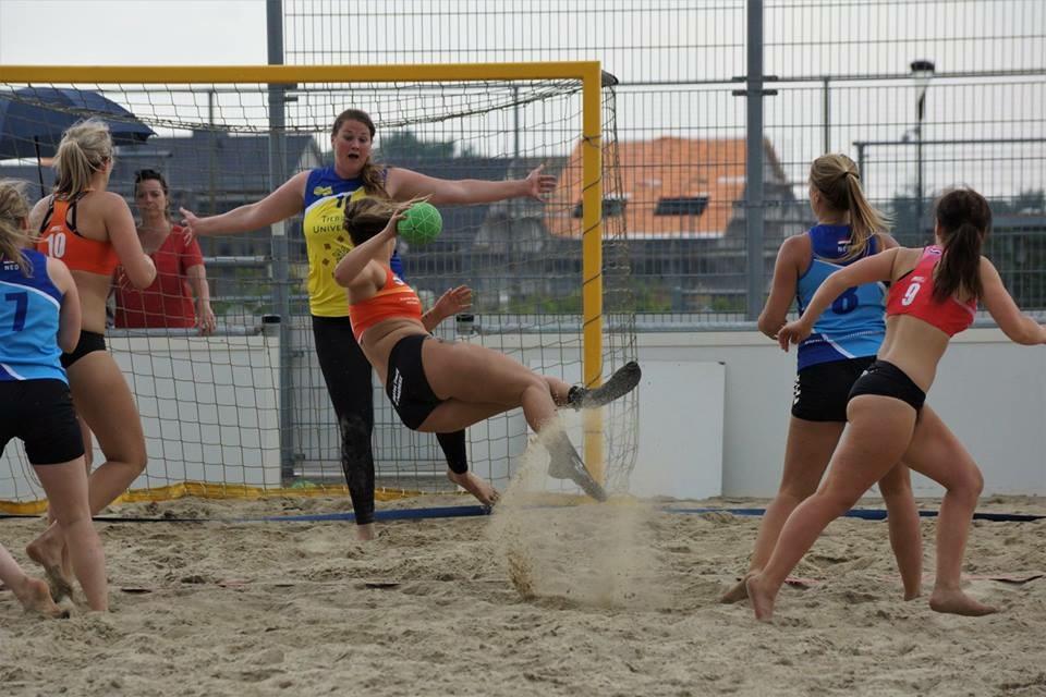 OHC toernooi beach handbal